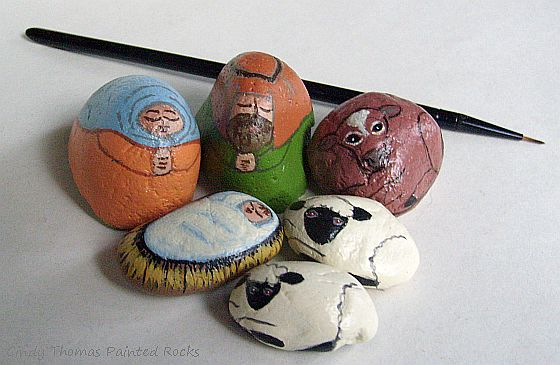 Small Peach-Leave Nativity Set Painted on Rocks